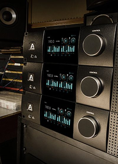 January ZR Live! features Apogee Electronic's Symphony Preamp  |  Mix Magazine